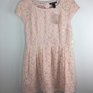 LAST CALL! Forever 21 Lace Babydoll Style Dress
